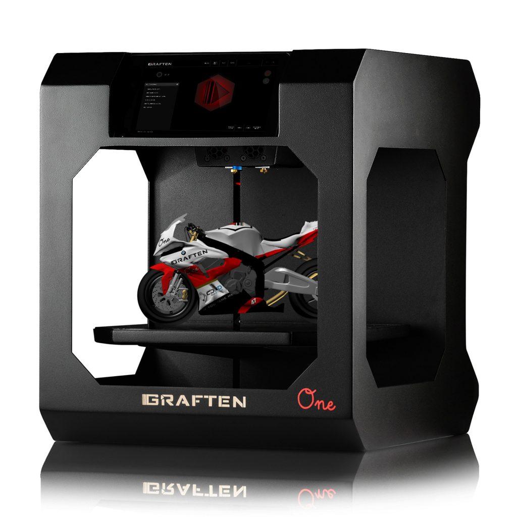 Impresora 3D cerrada
